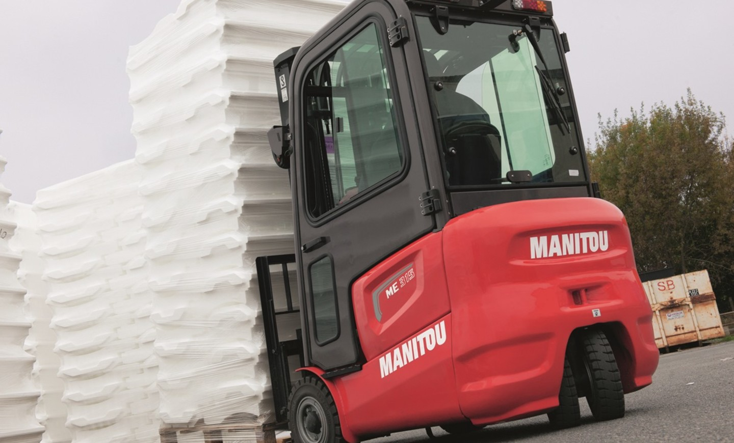 Manitou - Telehandlers, forklifts, aerial work platforms and